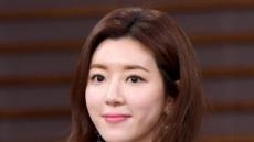 배우 박한별 경찰 조사…남편 유모 대표와 경찰 유착 의혹 참고인 신분