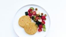 식물성 단백질로 즐기는 '두부고구마 스테이크'