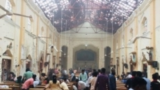 부활절 스리랑카 연쇄폭발 8곳으로 늘어