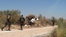 시리아 난민캠프 로켓공격 받아...최소 10명 사망