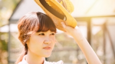 [폭염 절정, 건강 비상 ②] 강한 햇볕에 '일광화상' 주의…자외선차단제·모자는 필수 아이템