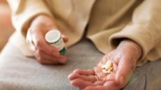 5개 이상 약 복용하는 노인, 사망위험 25% 증가