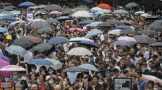 홍콩 법원…공항 내 시위 금지명령, 무기한 연장