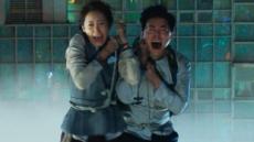 영화 '엑시트' 800만명 돌파…'스파이더맨' 제치고 올여름 최고 흥행
