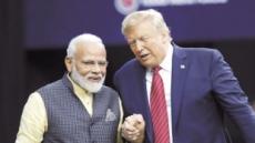 """5만 인도계 미국인 앞에서…모디 """"트럼프는 내친구"""""""