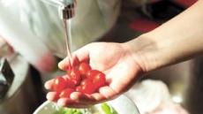 껍질째 먹으라는 과일…물로만 씻어도 안전할까