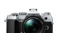 올림푸스 신작 미러리스 카메라 어떤 모습?