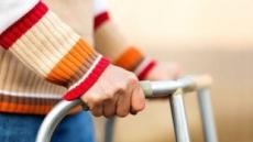 뇌졸중 뒤 찾아온 후유증…3개월 내 재활치료가 열쇠