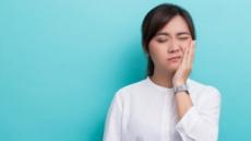 턱관절 환자 60%가 증상 1년 이상 방치…놔두면 두통·우울증까지
