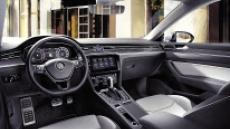 3040에 사랑받는 차…폴크스바겐 아테온 '조용한 질주'