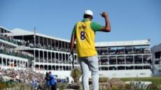 코비 추모·야구장같은 응원…PGA투어 피닉스오픈서 연장 끝 심슨 역전우승