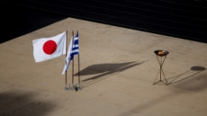 """일본 여론조사 """"도쿄올림픽 '연기' 또는 '취소' 81%"""""""