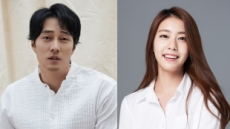 소지섭♥조은정, 4월7일 혼인신고…예식은 가족끼리, 5천만원 기부