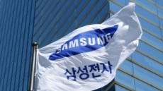 """'피처폰' 덕분에…""""삼성, 샤오미에 빼앗긴 인도 휴대폰 1위 탈환"""""""