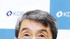 """이동걸 산은회장 """"호봉제 폐지 검토를"""""""