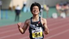 8일 만에 더 빨라졌다…최명진·배윤진 또 다시 200m 초등부 한국 신기록