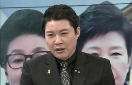 """신동욱 """"고영태 뒷북수사…문재인, 朴 구속반대 천명하라"""""""