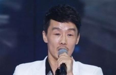 """가수 성진우, 4년전 혼인신고…""""아내 투병 중"""""""