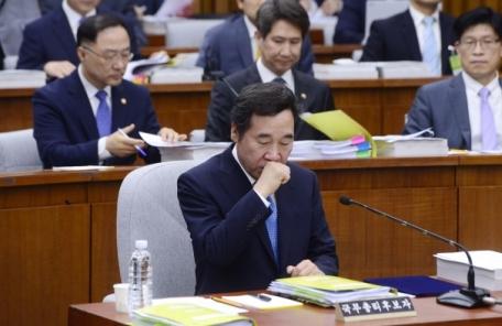 """이낙연 """"5ㆍ24조치 해제 부적절""""…통일안보특보와 입장차"""