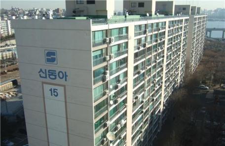 (재송)강북 원조 부촌 '신동아아파트' 재건축, 구청 손잡고 속도낸다