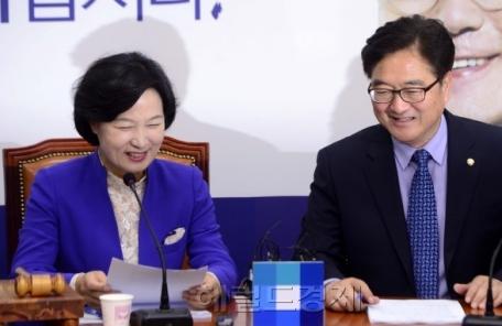 """민주 """"가계부채 공약 최우선 검토…6월 국회서 대책 마련"""""""