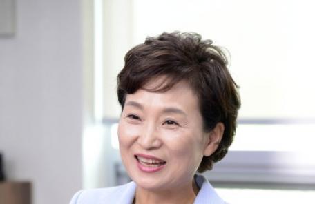 """김현미 국토부장관 후보자 """"맞춤형 주거복지?교통 공공성 강화에 최선"""""""