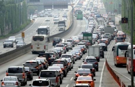 올 추석부터 명절 고속도로 통행료 '무료'