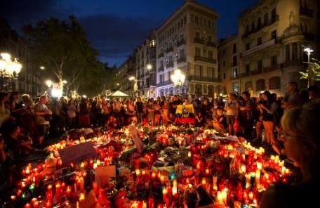 바르셀로나 테러 운전자 도주 추정…추가 테러 긴장 태세