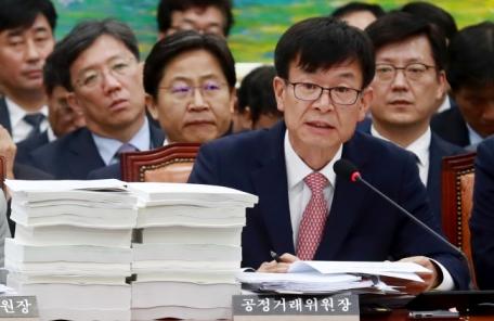"""김상조 """"신설 기업집단국, 대기업 공익재단 운영실태 볼 것"""""""