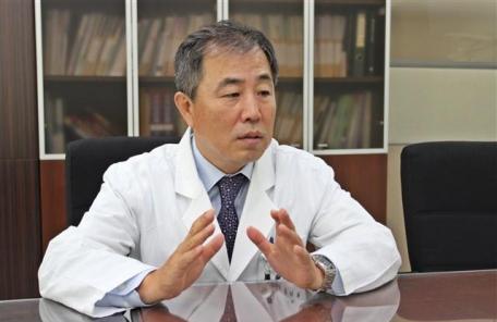 """[피플] """"내년 3월, 국내 최초 치과 종합검진센터 세울 계획"""""""