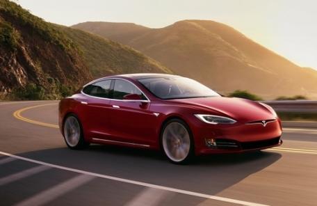 1억짜리 모델 S 75D 7000만원대에 산다