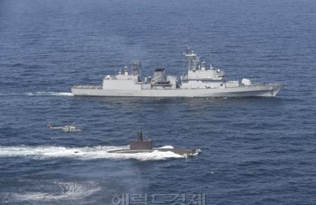 해군 기동함대 창설, 해병대 '독도방어부대' 편성 추진