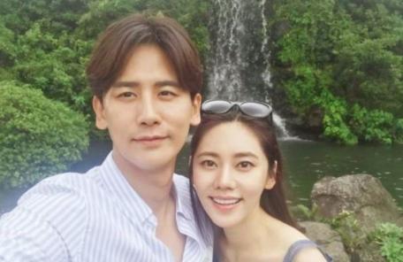 """우효광, 임신한 아내 추자현에 """"고마워, 사랑해"""""""