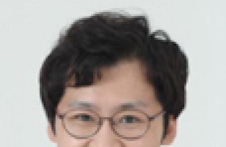 프로페서 일자리경제 - 김용훈(국민정치경제 포럼 대표)