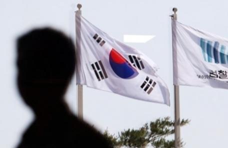 검찰 MB 수사 핵심 '키맨' 떠오른 김희중 전 청와대 실장