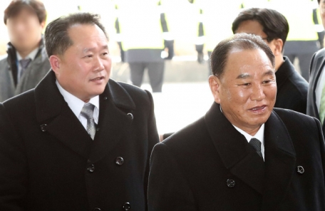 """北김영철, '천안함 폭침, 북한 소행이냐' 묻자 """"…"""""""