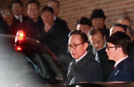 """구속된 MB, 향후 전략은 """"같은 혐의 신문은 거부"""""""