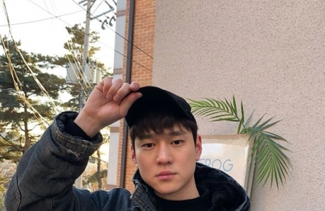 """'5월 현역 입대' 고경표 """"성장해서 돌아오겠다"""""""