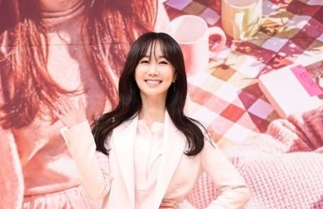 """김민서 """"5월의 신부돼요""""…동갑 일반인男과 비공개 결혼 발표"""