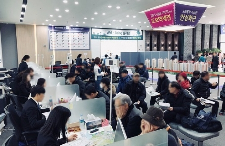 김포한강 동일스위트 견본주택 방문객 줄 잇는다 왜?