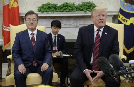 """美 언론 """"트럼프, 북미회담 연기에 무게""""…비핵화수준 '조정' 우려도"""