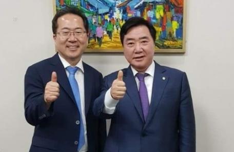 """순천시장 후보 허석 """"봉화산 출렁다리 재검토...용계산 숲은 계속"""""""