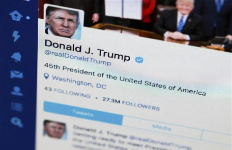트럼프 트위터의 '비밀'…보좌진 참여ㆍ의도된 문법 오류
