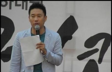 개그맨 김태호, 군산 화재로 사망…향년 51세