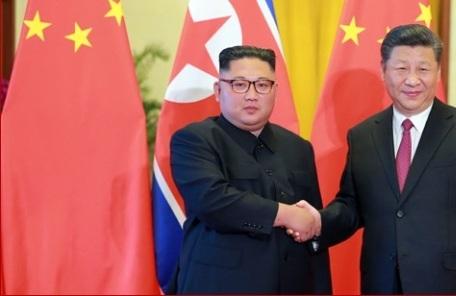 """김정은 """"진정한 평화 수호 책임ㆍ역할 다할 것"""""""