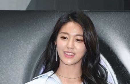 """설현 합성사진 유포자 검찰 송치…""""선처 없다"""""""