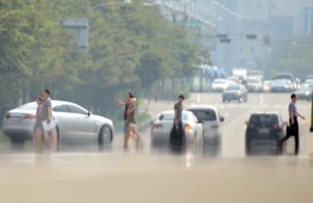 서울 올들어 첫 폭염특보…낮 최고 35도