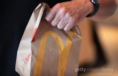 맥도날드, 미국내 매장서 기생충 샐러드 홍역