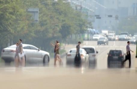 폭염 덮친 일본, 하루에만 11명 목숨 잃어