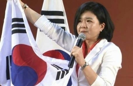 """류여해, 페북 재개…""""조용히 지내려 했는데, 홍준표 제명하겠다"""""""
